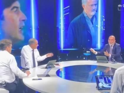 """Volano stracci tra Piccinini e Di Canio per """"colpa"""" di Mourinho. """"Lo fai per i like..."""""""