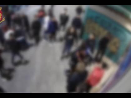 Pestavano i passanti senza motivo: l'orrore del branco nordafricano