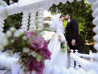 Matrimoni, le regole in chiesa, in Comune e al ristorante