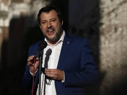 """Salvini: """"Irrispettoso dare scadenze a Draghi"""""""