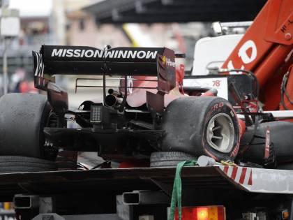 Ferrari, incredibile pole position per Leclerc a Monaco
