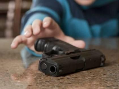 Pisa, undicenne si spara alla testa con la pistola del padre carabiniere