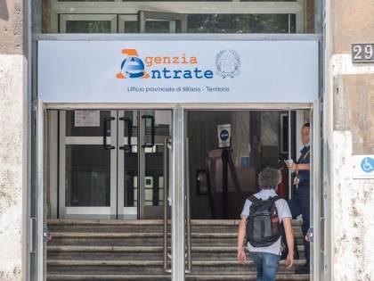 """Il grande fratello del fisco. Sui contribuenti italiani """"vigilano"""" 161 banche dati"""