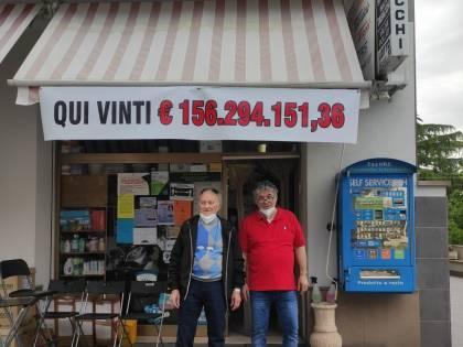 SuperEnalotto, ritirata a tempo di record la vincita da 156 milioni