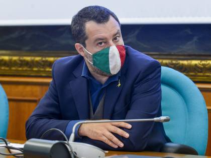 """""""Unico gruppo in Europa"""". I dubbi di Tajani e Meloni sulla proposta di Salvini"""