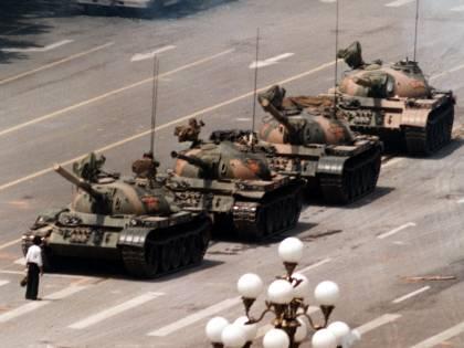 Hong Kong, la riforma che azzera l'opposizione. E Pechino vieta la veglia per piazza Tienanmen