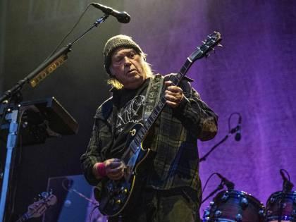 Un'orgia di grande musica con il Neil Young d'annata