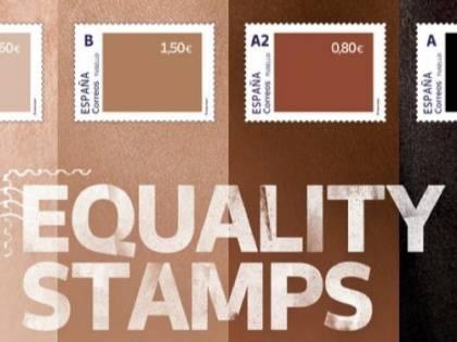 """La follia sui francobolli: """"Razzisti per i colori"""""""