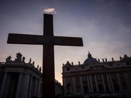 """""""Viola il Concordato"""". Bordata del Vaticano sul ddl Zan"""
