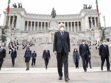 """""""La Storia siamo noi"""": Mattarella cita De Gregori per il 2 giugno"""