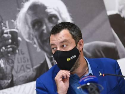 """Salvini continua i """"casting"""". E i 5 Stelle perdono  pezzi"""