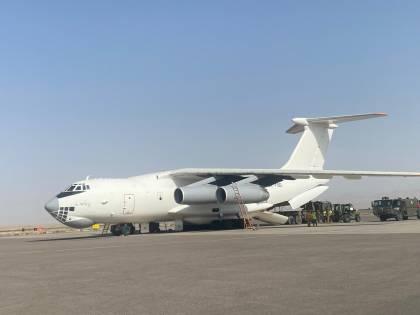 Volo italiano per Herat bloccato dagli Emirati Arabi: scoppia il caos