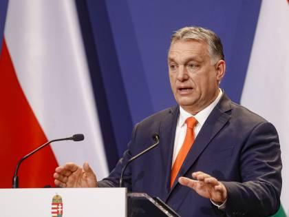 """Anche Orban sfida l'Ue. Pronto il progetto """"zero migranti"""""""