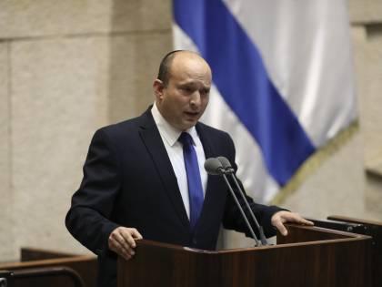 Israele, nasce il governo Bennett: Neanyahu alza bandiera bianca