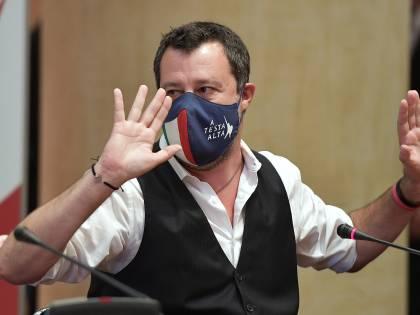 """Covid, Salvini: """"Vaccinare a tappeto chi non è a rischio non va bene"""""""