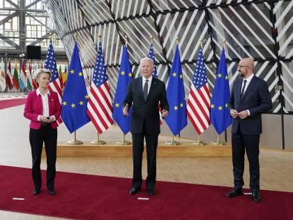 """L'ultima intesa tra Usa e Ue: """"Ora stop alla guerra dei dazi"""""""