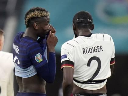 """Mi ha morso..."". Scintille in campo tra Rudiger e Pogba"