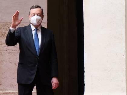 L'Ue promuove il Recovery targato Draghi: pronti i primi 25 miliardi