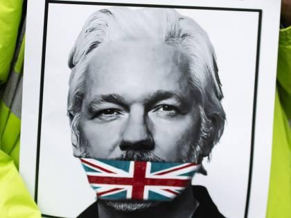 WikiLeaks, a Londra inizia il processo per estradizione a Julian Assange