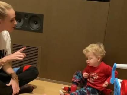 Chiara Ferragni rimprovera il figlio: la reazione di Leone conquista il web