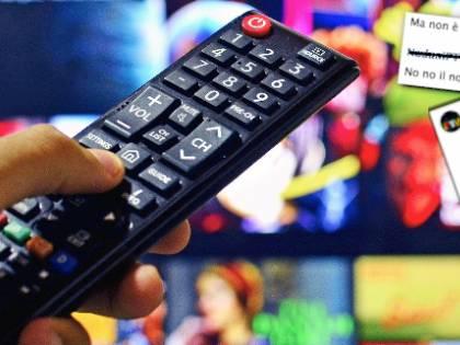 """I segreti della tv clandestina: """"La pay tv? Tutto a 10 euro..."""""""