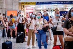 Green pass obbligatorio dal 6 agosto: ecco le regole per chi viaggia