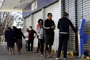 Una massa di disoccupati: i rischi della svolta green