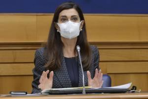 """Ddl Zan, Boldrini passa agli insulti: """"Retrograda..."""""""