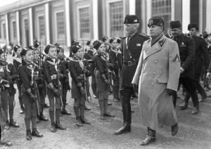 """Testi cruciali per capire l'ultimo fascismo"""