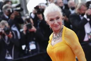 Helen Mirren, la diva over 70 che ha scelto l'Italia