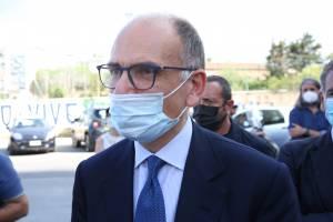 Ora Letta elemosina consensi (anche a Renzi)