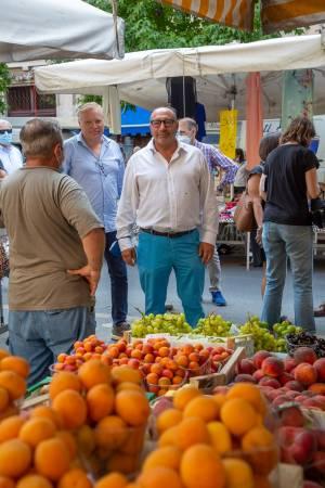 """La campagna d'agosto tra angurie e sangria. E """"sfida"""" a distanza il 15"""