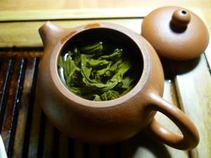 Tè verde, perché berlo tutti i giorni a 60 anni