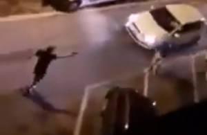 Spranghe, coltelli e spade: rissa in pieno centro a Livorno. Il caso finisce in Parlamento