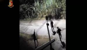 Coppietta aggredita con l'ascia. Arrestato 25enne marocchino