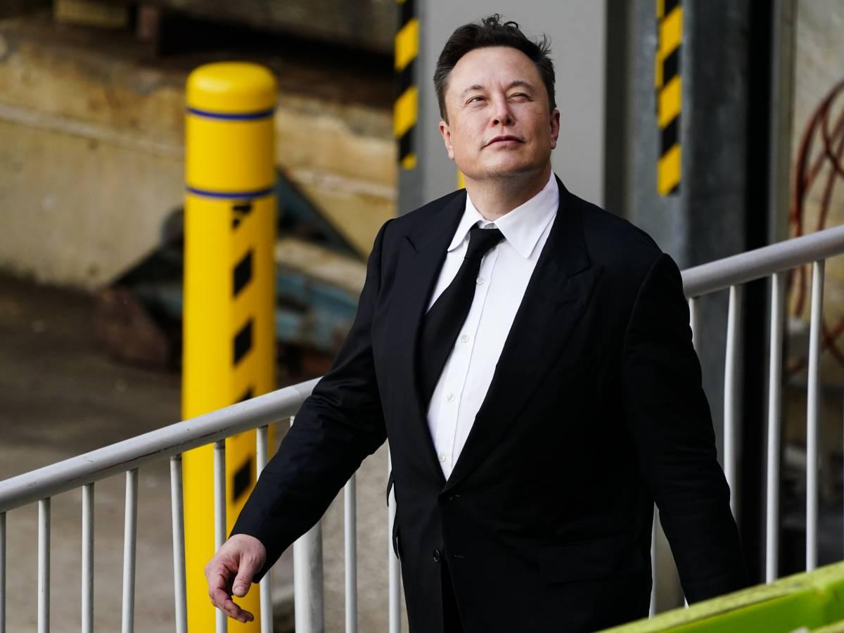 """Musk-Bezos e la gara sfacciata. """"Caro Jeff, ho più miliardi di te"""""""