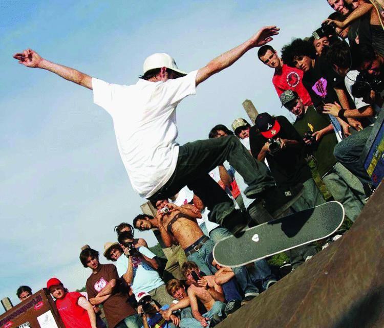 Campioni di skateboard «in volo» a Sestri