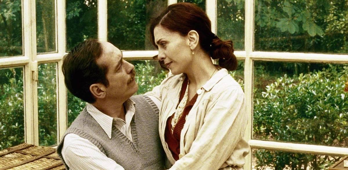 Marito e moglie tra comunismo  e nostalgia zarista