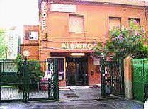 Il teatro «Albatros», unica voce a difendere il bene del dialetto