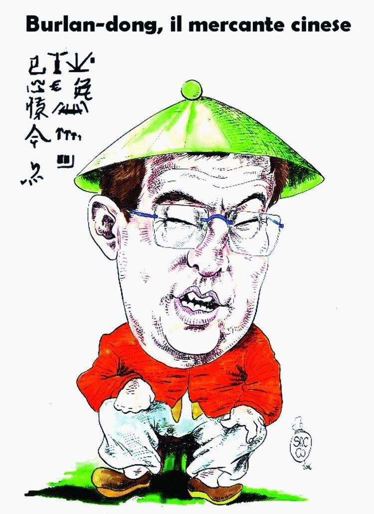 Grillo salta su: «Tutti in Cina? Come Craxi»