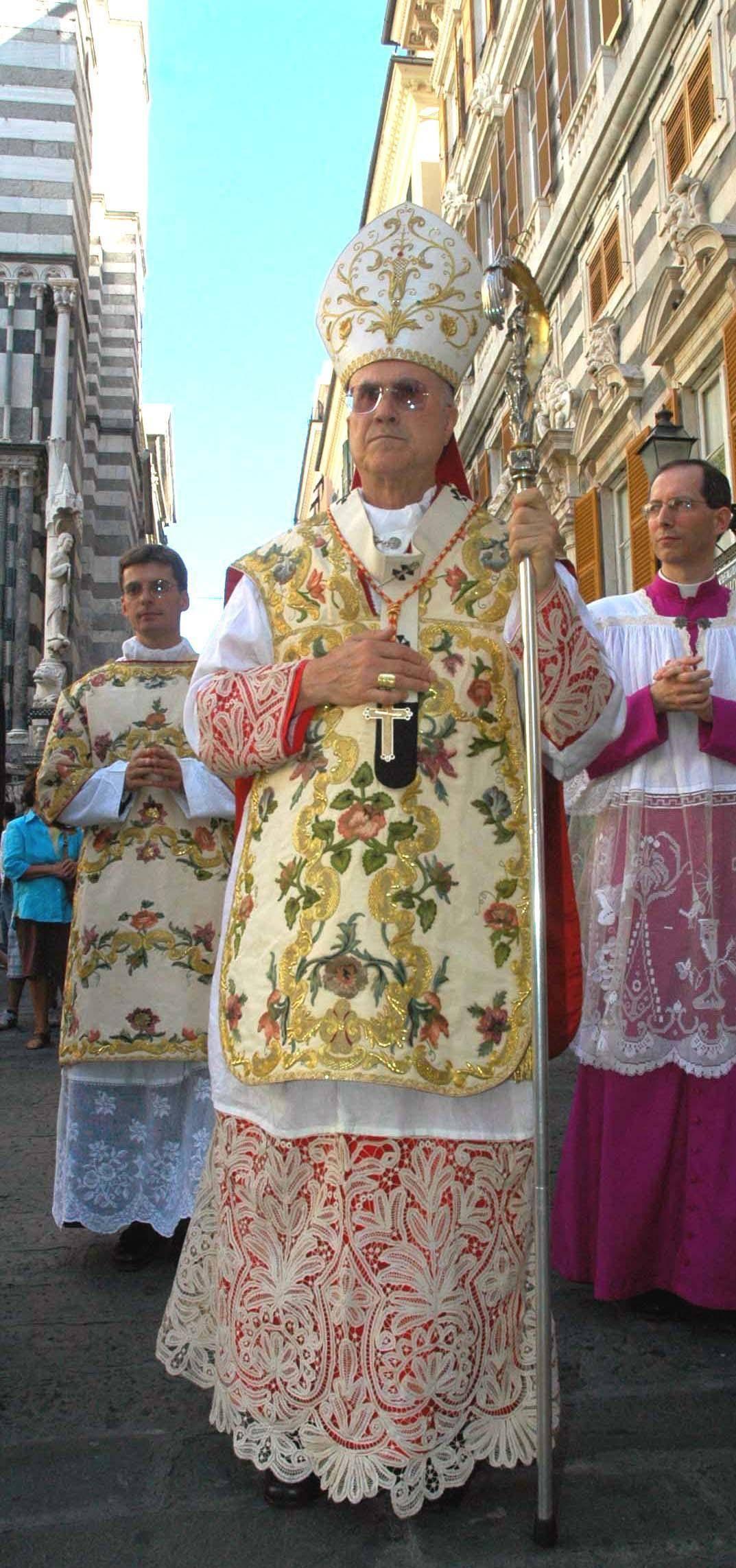 Appello a Bertone: «Salvi la nostra Maria»