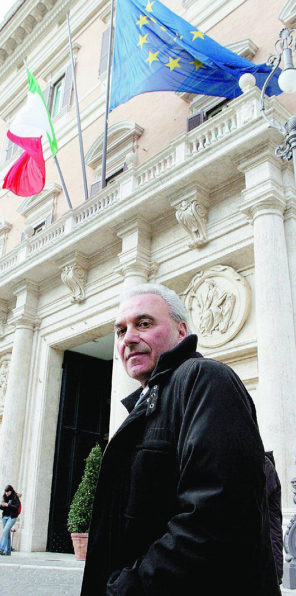 """Turigliatto cacciato dal Prc: """"Il governo  sta per crollare"""""""