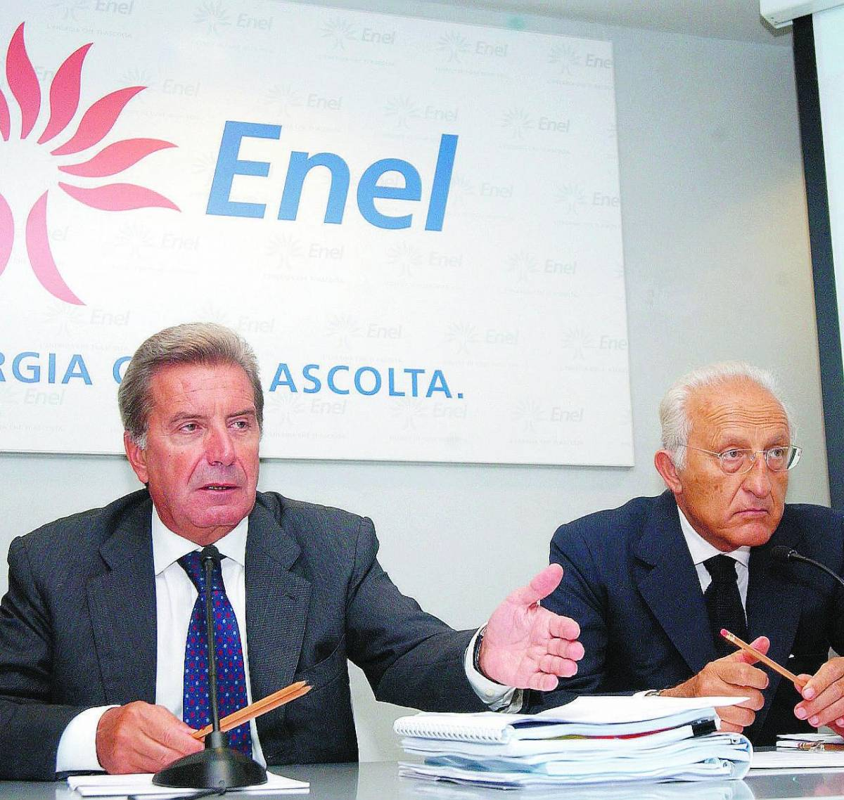Enel all'attacco: ora ha quasi  il 22% di  Endesa