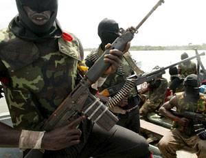 """Rapiti in Nigeria, il Mend alza il tiro:  """"Non intendiamo liberarli presto"""""""