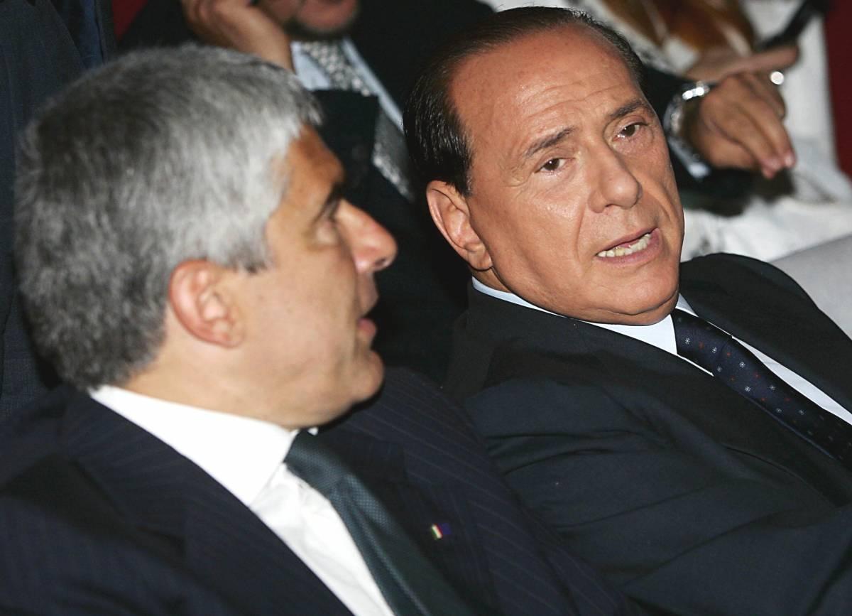"""Berlusconi: """"Se Prodi non avrà 158 voti  al Senato dovrà dimettersi"""""""