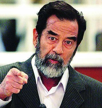 Condannò Saddam, ora fugge