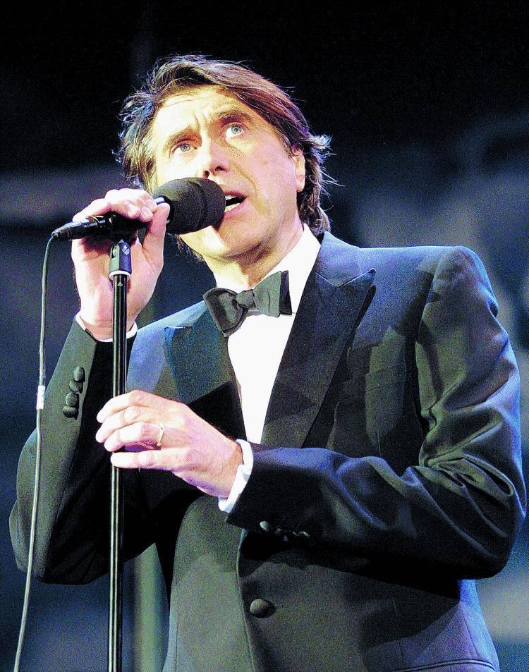 Il dandy e il  poeta Bryan Ferry canta i classici di  Dylan