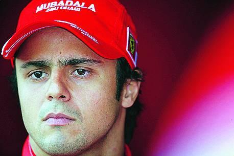 Ferrari, la sfida mondiale  si gioca in famiglia