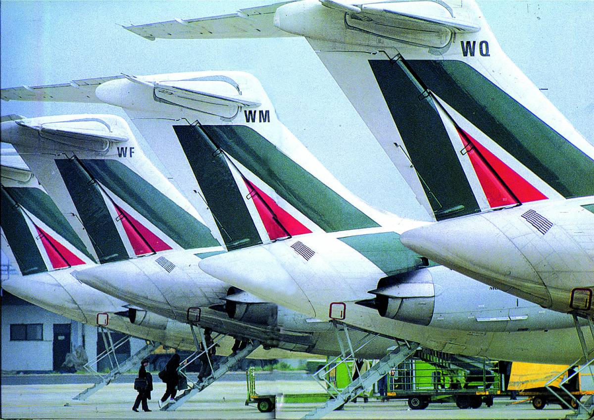 Sciopero Alitalia: 96 voli cancellati