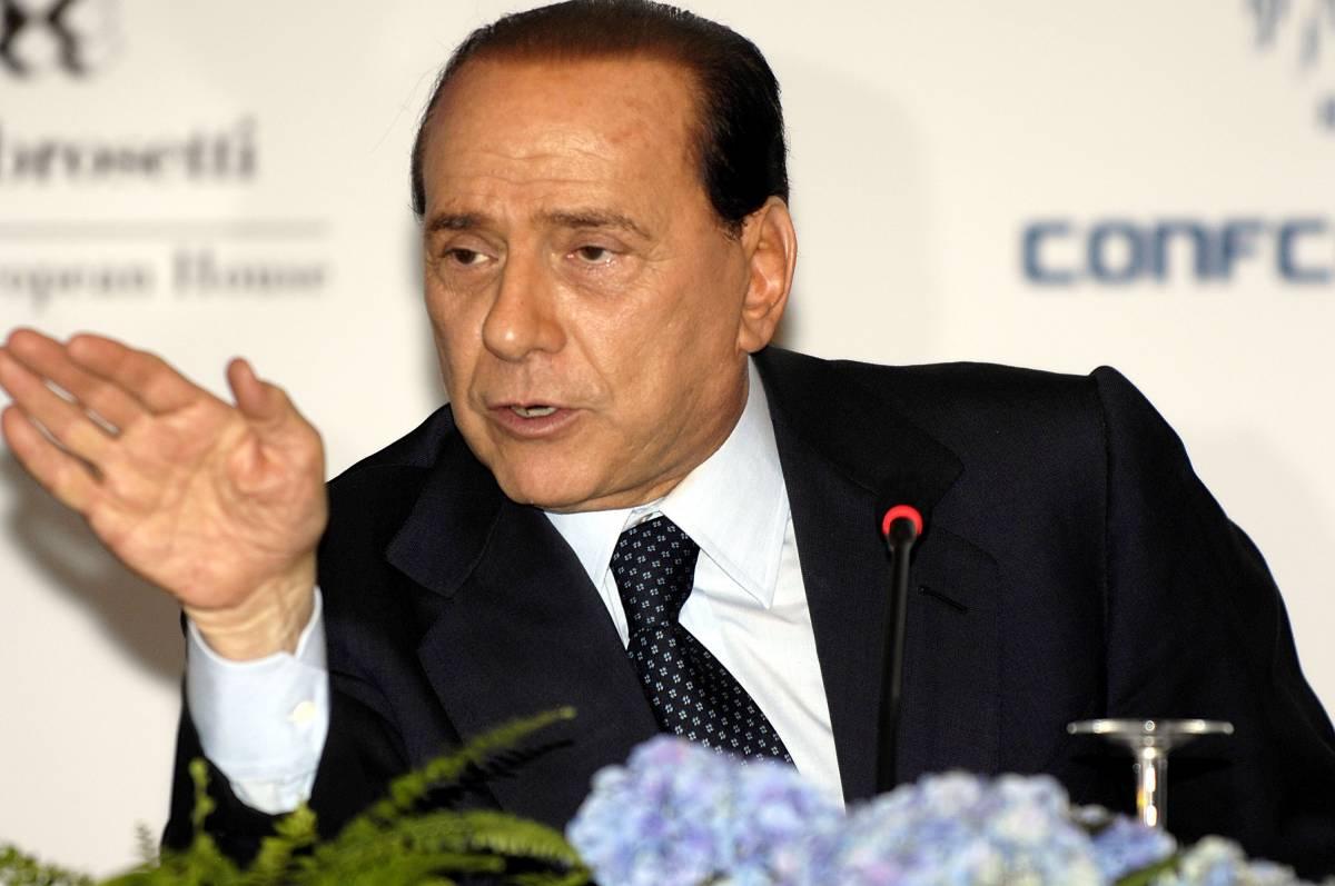 """Berlusconi lancia le amministrative:  """"Le politicizzerò al massimo"""""""